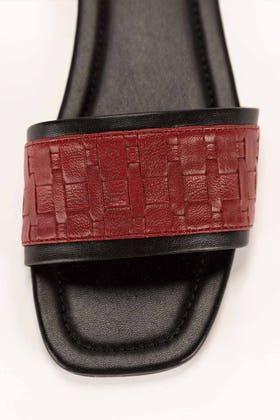 Black & Red Slipper IDFT-21-63