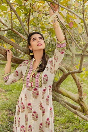 1PC Unstitched Printed Lawn Fabric SL-890 A