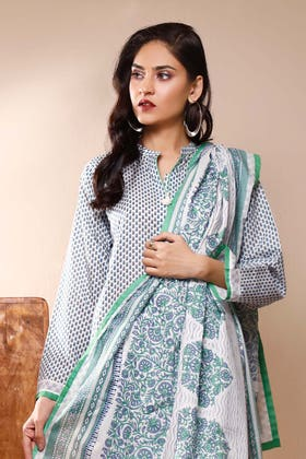 3PC Unstitched Printed Suit With Printed Lawn Dupatta CL-1067 B