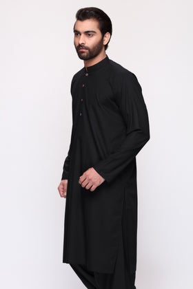 Black Unstitched Fabric Elegance