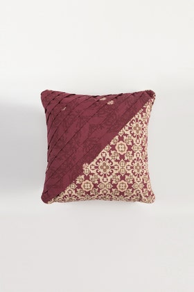 Claret Gold T-150 Square Cushion Cover