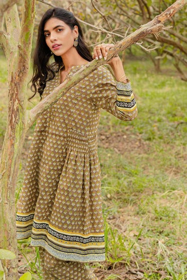 1PC Unstitched Printed Lawn Fabric SL-896 A