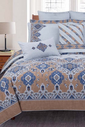 Pastel Blue T-150 Bed Throw