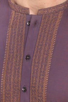 Plum Embroiderd Kurta KE-1426