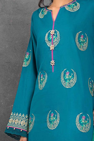 3 PC Unstitched Embroidered Lawn Suit with Jacquard Dupatta FE-12040