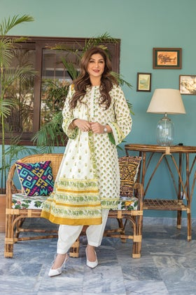 3PC Unstitched Printed Suit With Printed Lawn Dupatta CL-1100 A