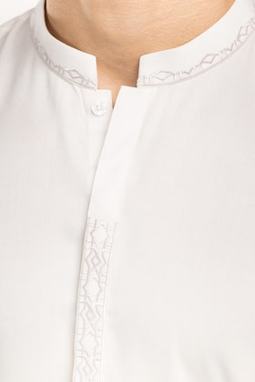 White Semi Fashion Suit SKE-192